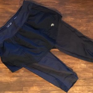 Women's Mountain Hardwear Skirt Cropped Leggings